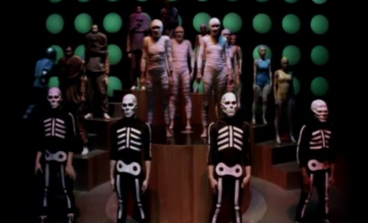 « Around The World », Daft Punk, clip réalisé par Michel Gondry
