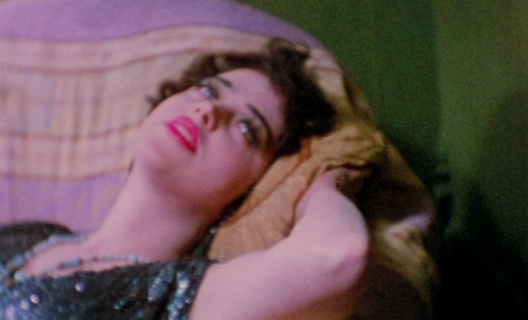 Puce Moment, de Kenneth Anger (1949)